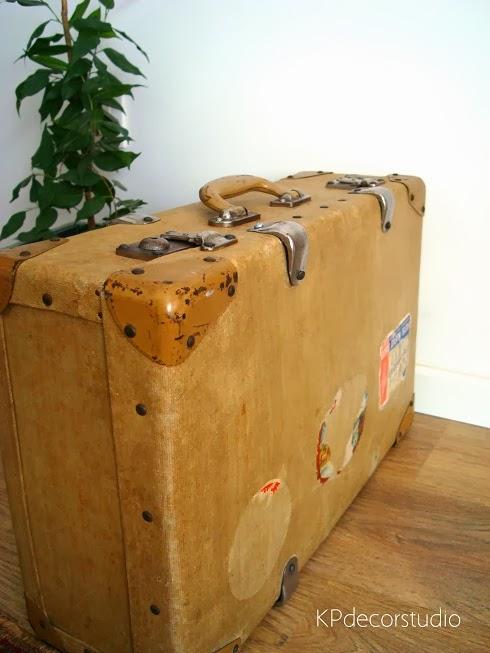 Comprar maletas vintage online para decoradores e interioristas.