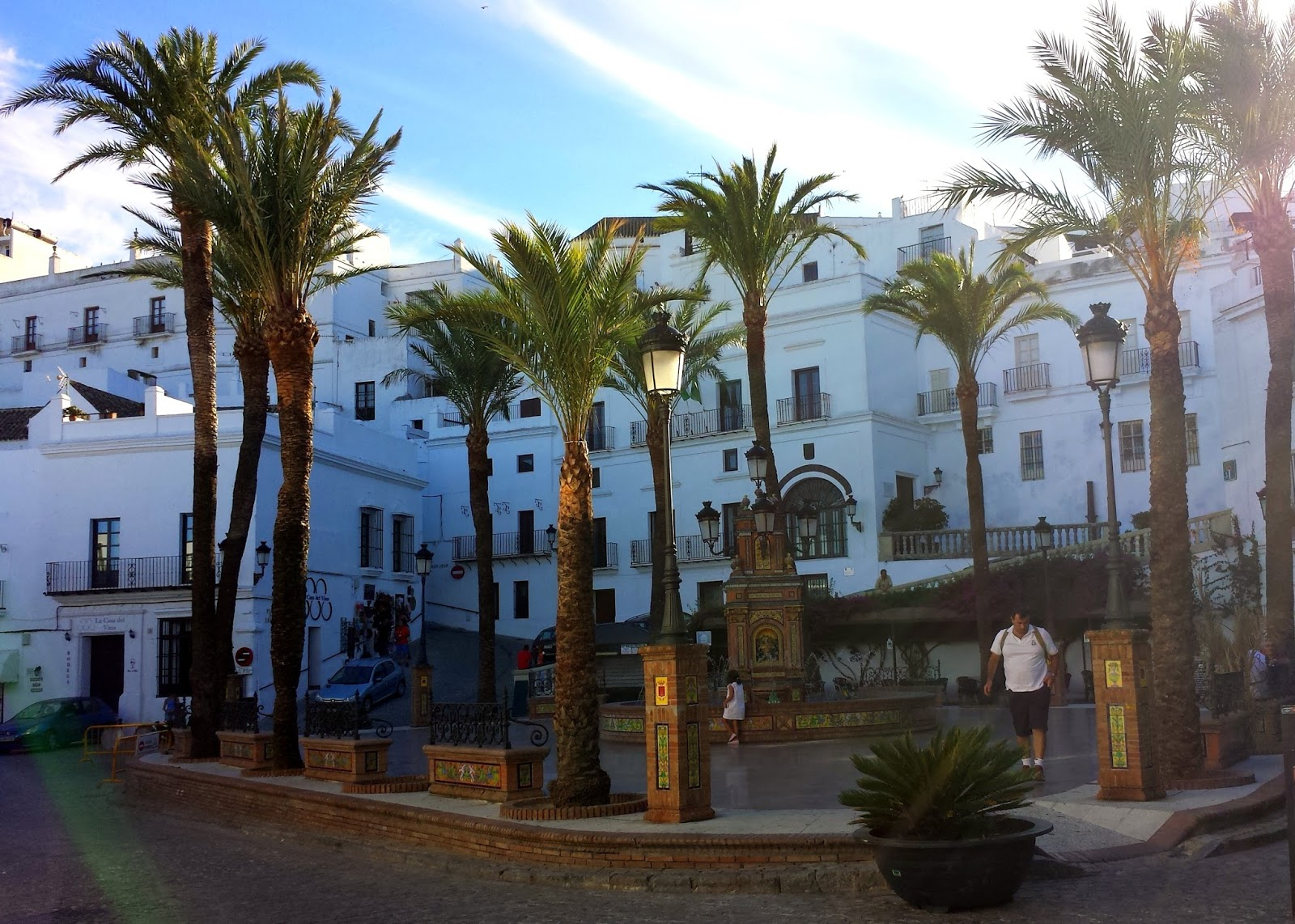 Plaza de España  |  Postcard from Andalucía: Vejer de la Frontera on afeathery*nest  |  http://afeatherynest.com
