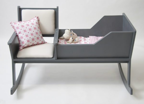 modern rocking chair with integrated baby cradle spicytec. Black Bedroom Furniture Sets. Home Design Ideas