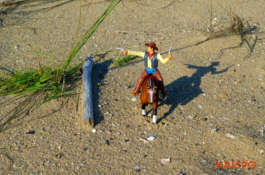vaquero sobre caballo miniatura