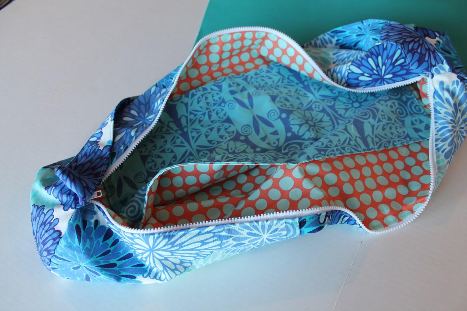 Knitting Pattern Yoga Mat Tote : Janes Girl Designs: Yoga Bag - A Tutorial!