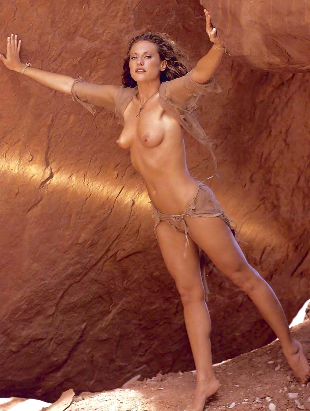 Nude Survivor Stars 96
