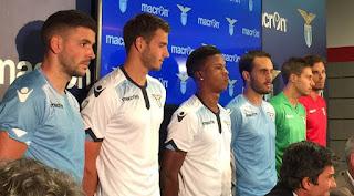 Jersey Terbaru Lazio  2015/2016 gamabr desain terbaru musim depan di enkosa sport tokoonline terpercaya