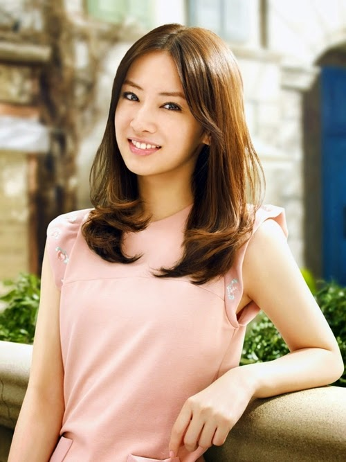Asian Women Today 47