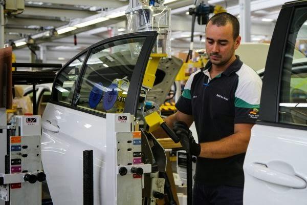 Fábrica da BMW é inaugurada no Brasil e 328i é montado!