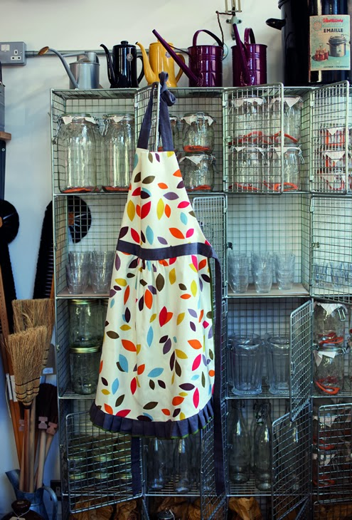 Free apron sewing pattern