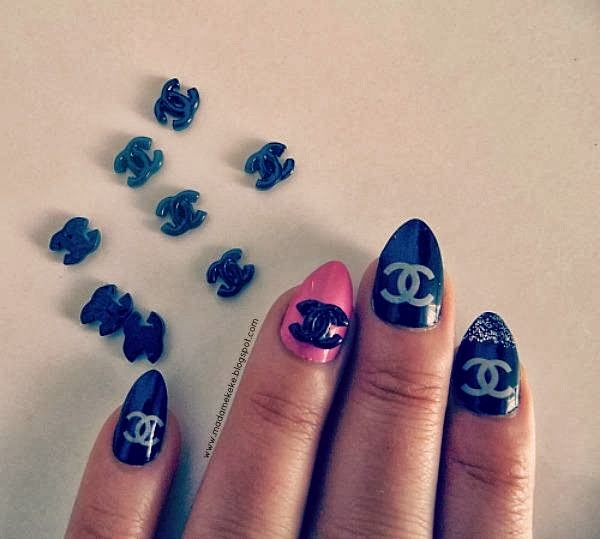 coco chanel inspired claw nail