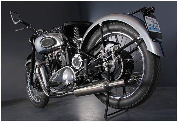 Straightspeed  1948 Triumph T100 Tiger