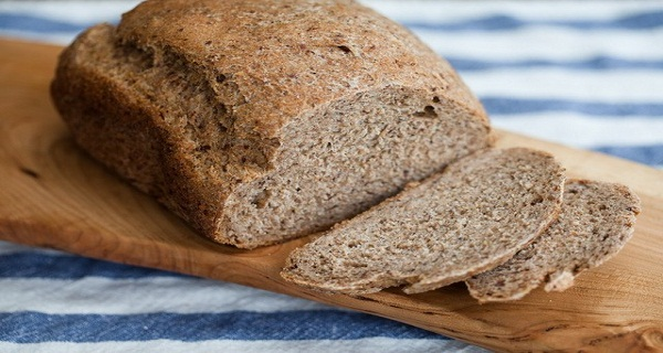 Pregateste-o acasa! Iata reteta pentru cea mai sanatoasa paine din lume, care te va ajuta sa tratezi colesterolul si diabetul  !