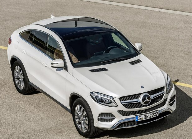 Image gallery mercedes crossover 2016 for Mercedes benz cross over