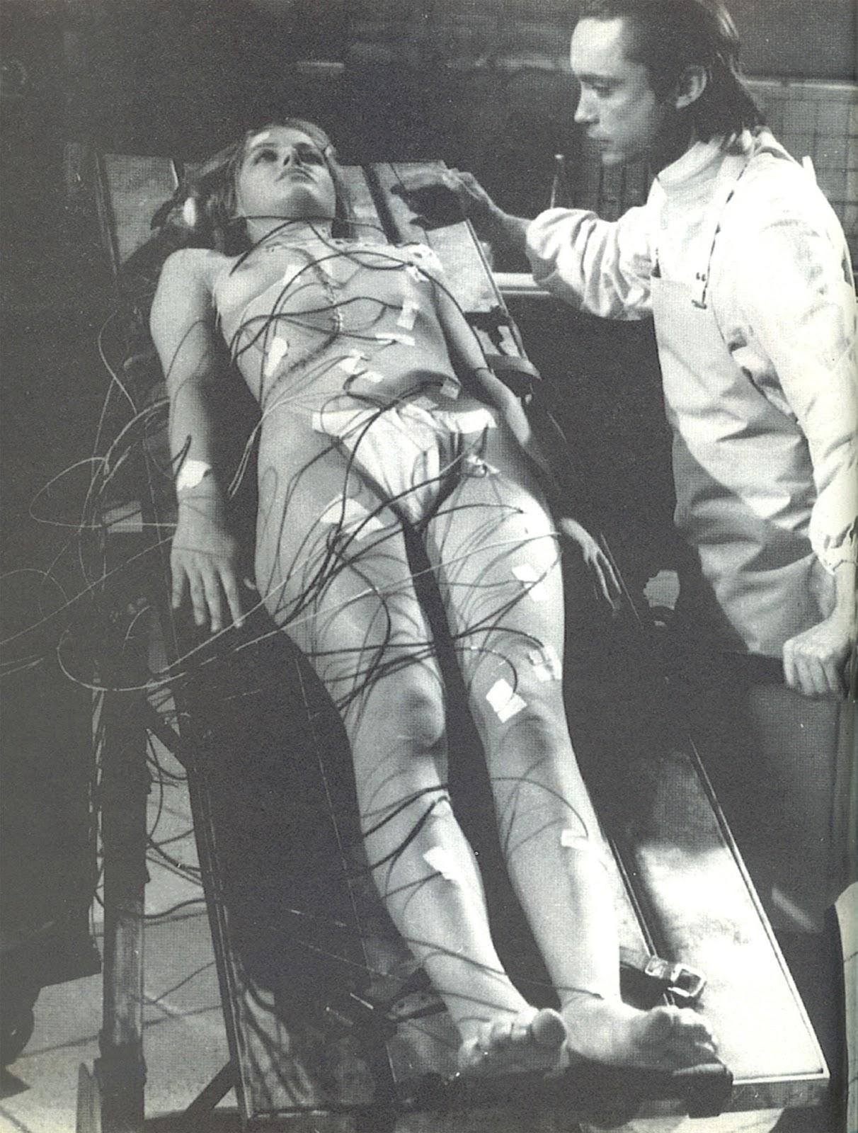 Flesh for Frankenstein (1973), black & white