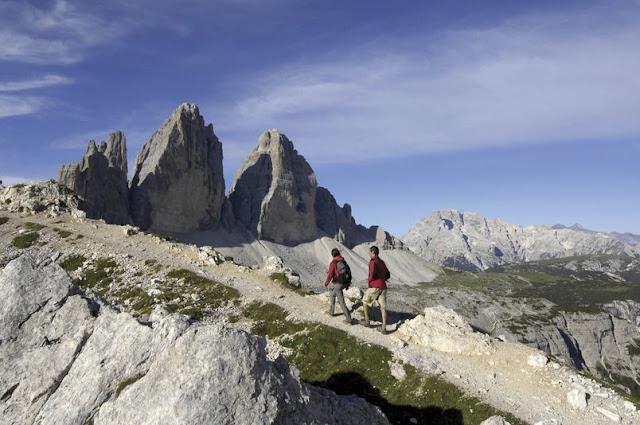 Eine Wanderung zu den berühmten Drei Zinnen in den Sextner Dolomiten