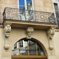 Balcon du 31 rue Danielle-Casanova à Paris
