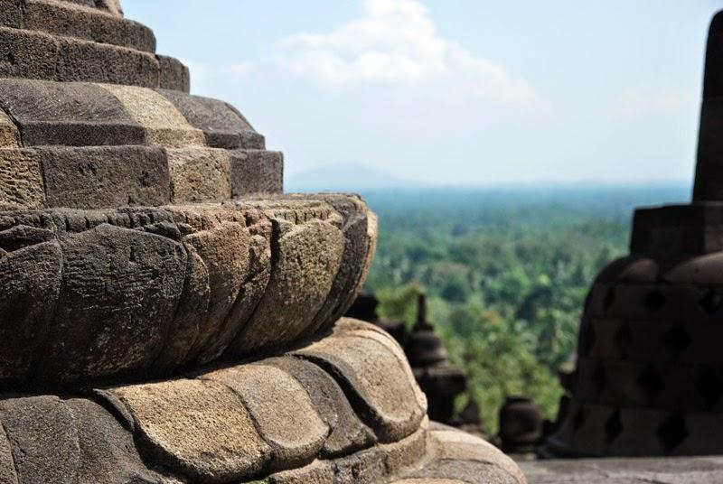 Temple bouddhiste de Borobudur à Java