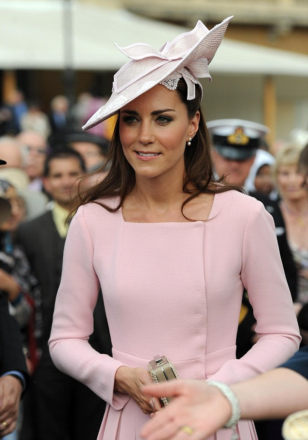 kate middleton goes thrifty as she wears designer dress worth  u00a31200 for a second time