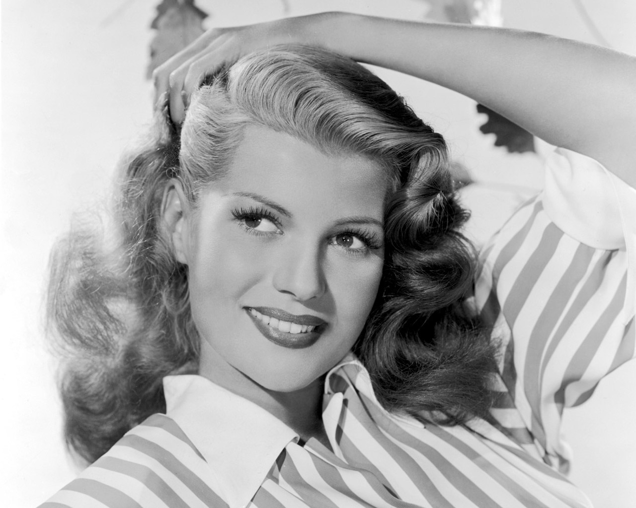 Rita Hayworth - Images Gallery