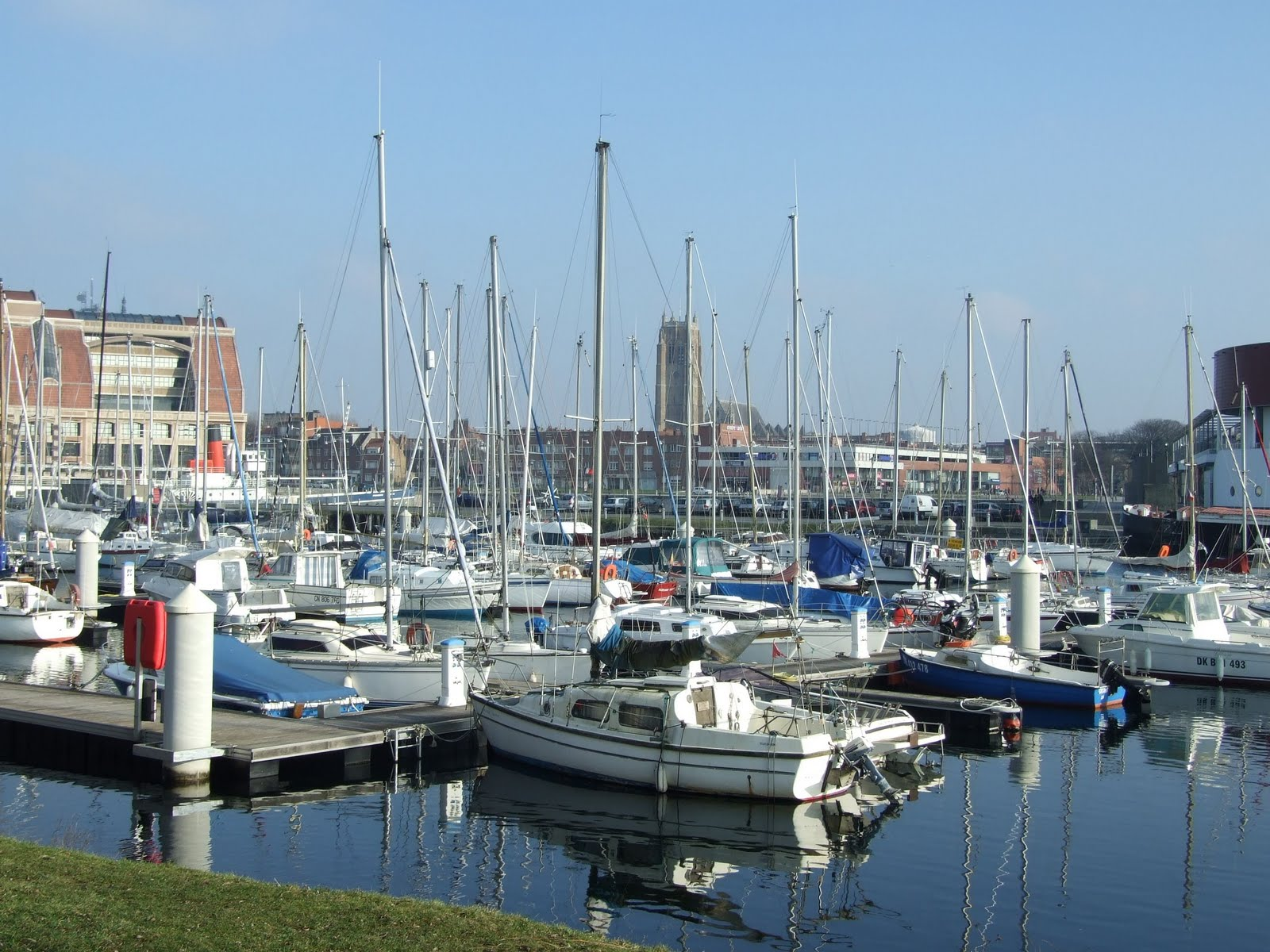 Bleuets de bruxelles dunkerque port de france - Dunkirk port france address ...