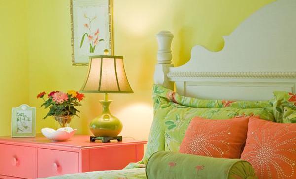 Kamar Tidur Modern Bertema Warna Kuning