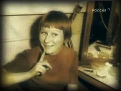 Молодая девушка пришла на фотопробы фото 194-200