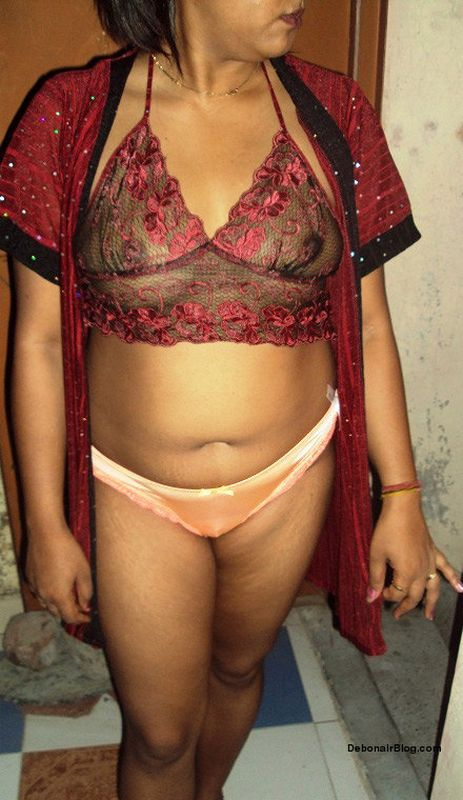tight indian in dress sexy bhabhi