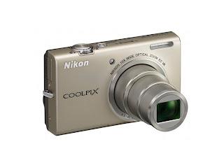 Nikon Coolpix S6200 Silver