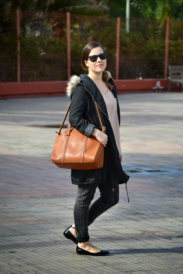 look_outfit_parka_zapatos_pico_charol_zara_nudelolablog_04