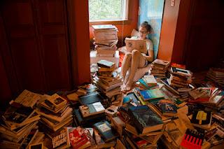 http://3.bp.blogspot.com/-efwEx808Z8o/T7_9ySjX0oI/AAAAAAAAATI/NSGWp1HaIg0/s1600/Muchos+libros.jpg