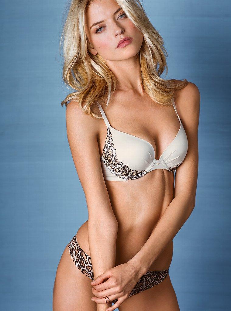 3 blondes in debate - 1 part 7