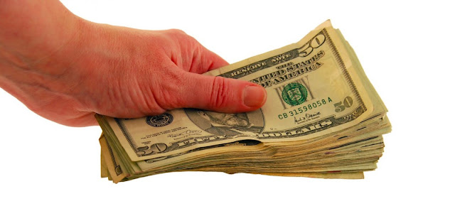 Compraventa, dinero y Derecho civil
