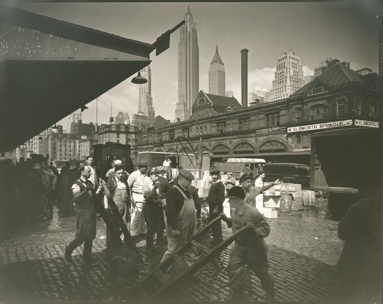 New york city in black and white during the middle of for Fulton fish market online