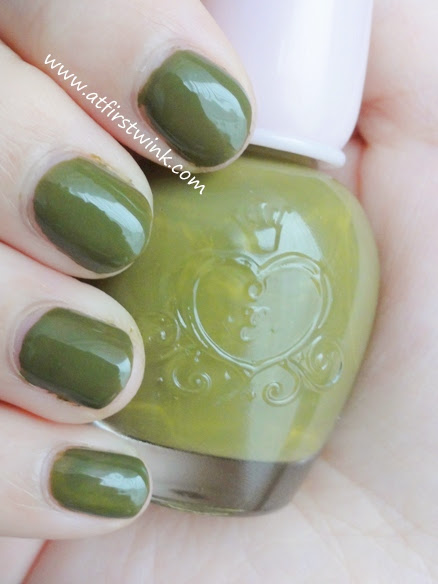 Etude House nail polish DGR704 - Only Olive on nails