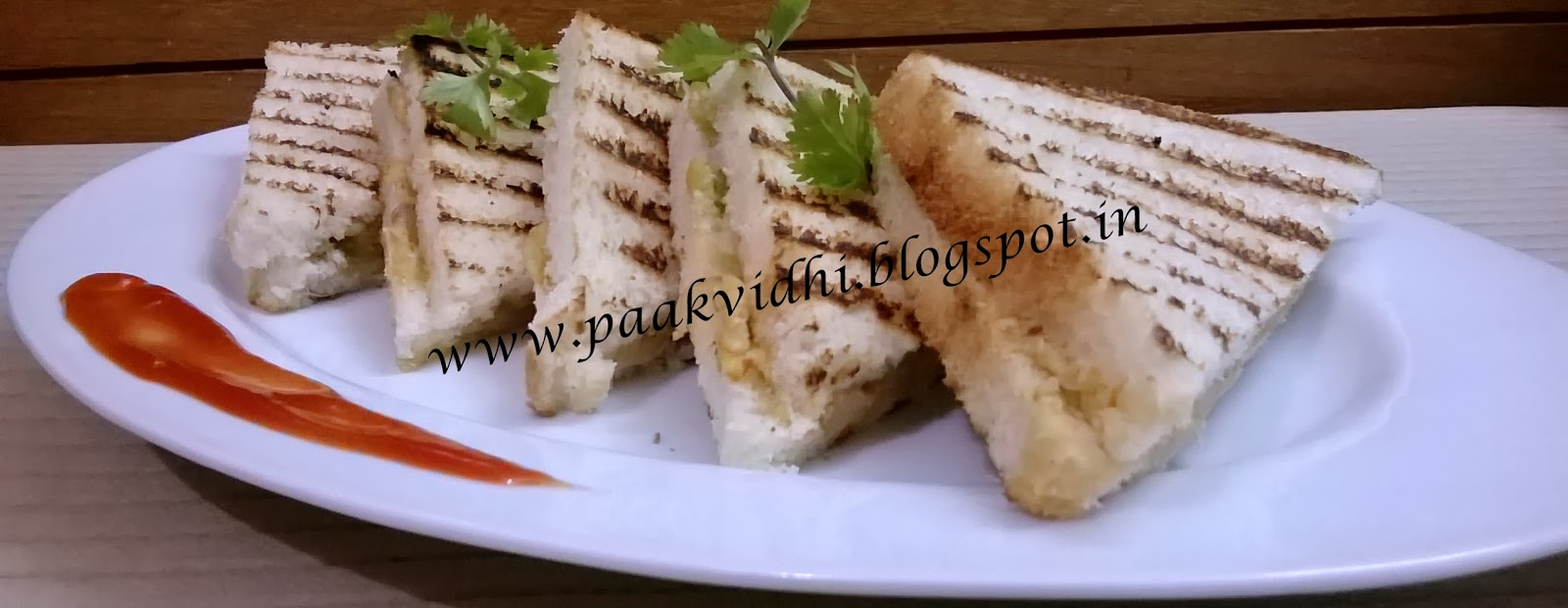 http://paakvidhi.blogspot.in/2014/01/cheese-capsicum-samdwitch.html