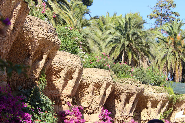 Terrace Walls | Park Guell  | Chichi Mary Blog