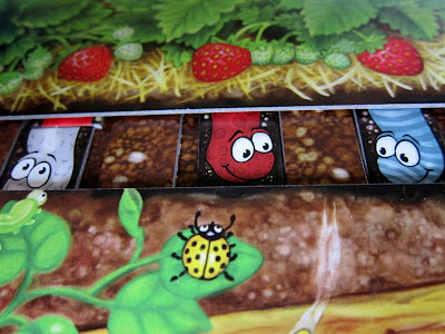 Da ist der Wurm drin - It is level pegging between these worms as they enter the final stage of the race