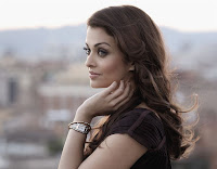 Unseen, Aish, In, Black
