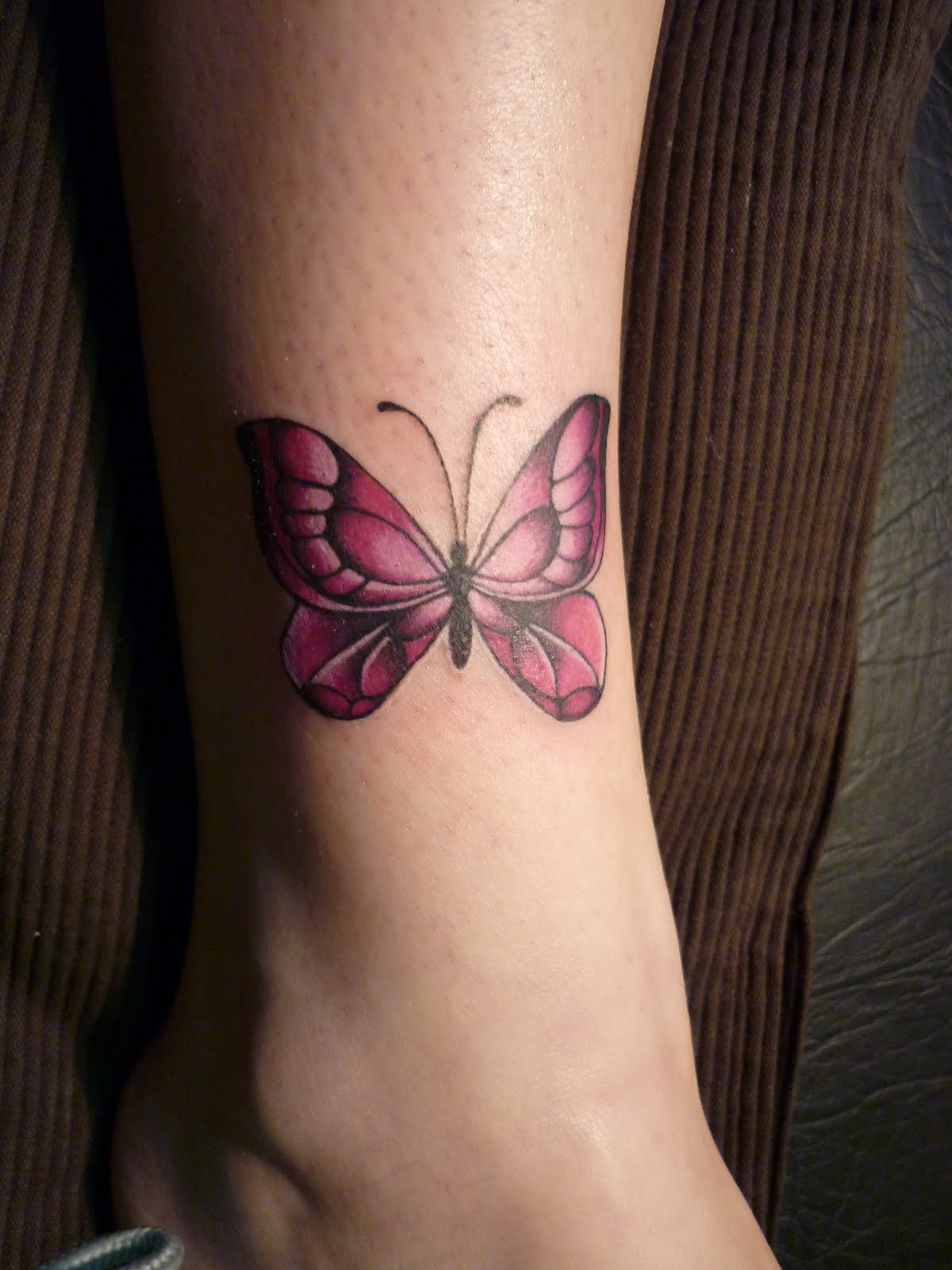 Lorien Tattoo: Tatuaje mariposas. Alas de mariposas. Tattoo