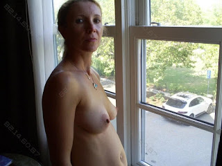Sexy Adult Pictures - rs-unk06-724890.jpg