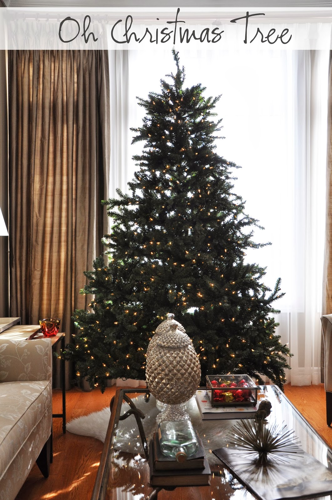 Artificial Christmas Tree T
