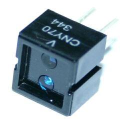 Transoptor odbiciowy CNY70 - Widok rzeczywisty transoptora.