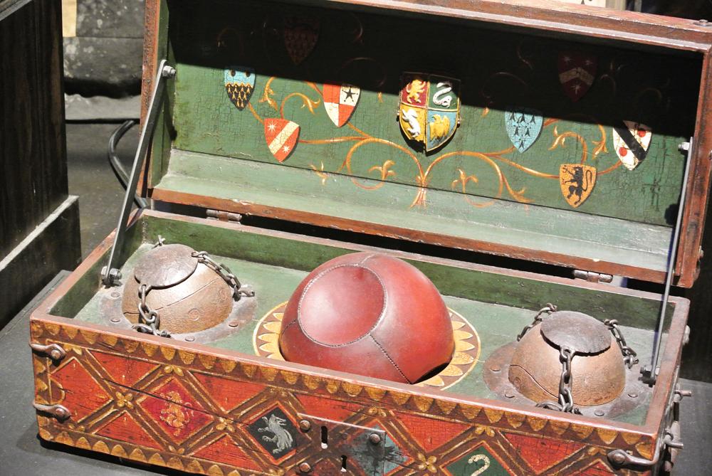 Warner Bros Studio Tour The Making of Harry Potter - Quidditch