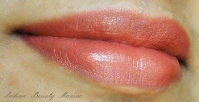 MAC Creamsheen Lipstick in Crosswires LOTD