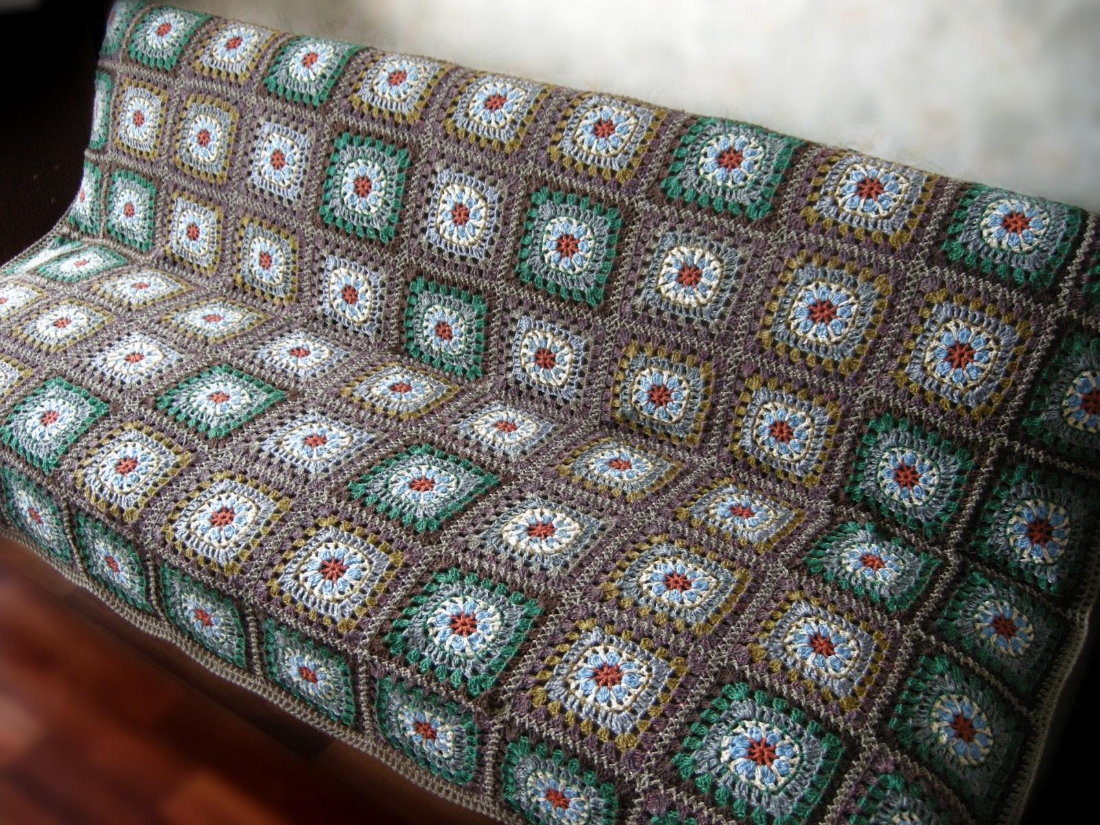 Вязаные покрывало на диван своими руками