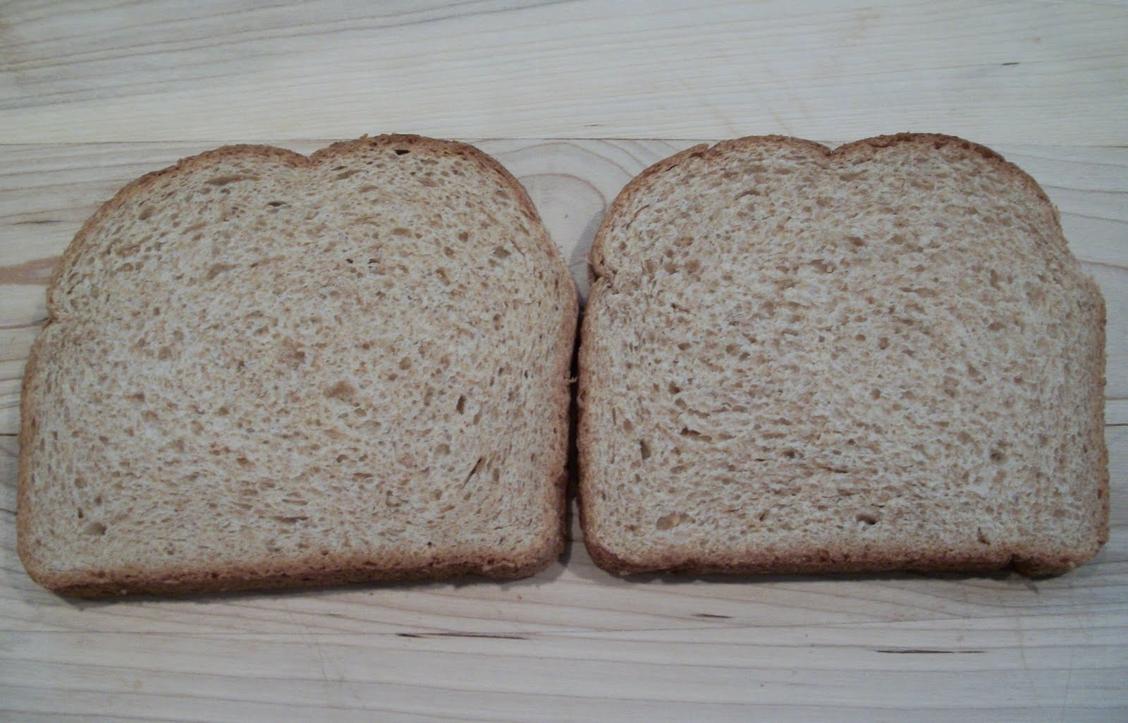 a piece of bread Slice: 2083g: bread, white, prepared from recipe, made with low fat (2%) milk: 4960g : slice, thin (3-3/4 x 5 x 3/8) 1637g: bread, white, prepared from recipe .