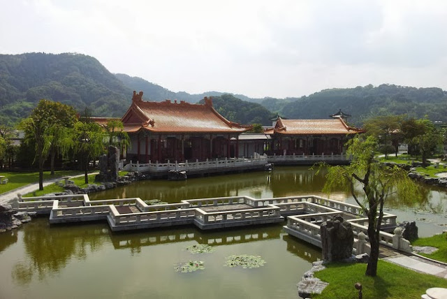 The Chinese Gardens of Enchoen