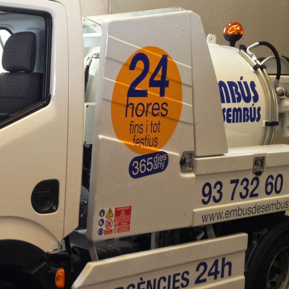 Camión cuba para servicio 24 horas