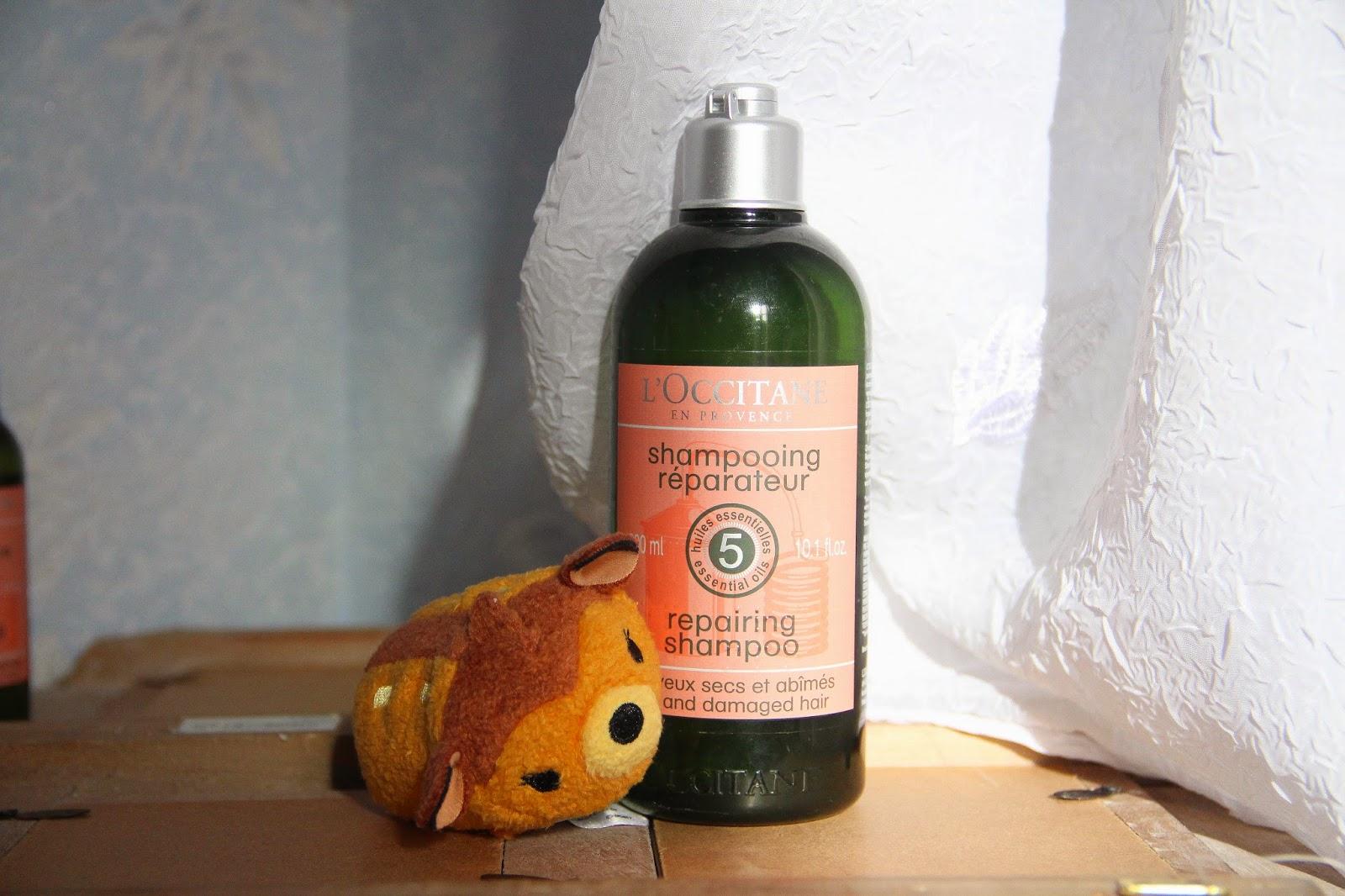 Shampoing réparateur aux cinq huiles essentielle
