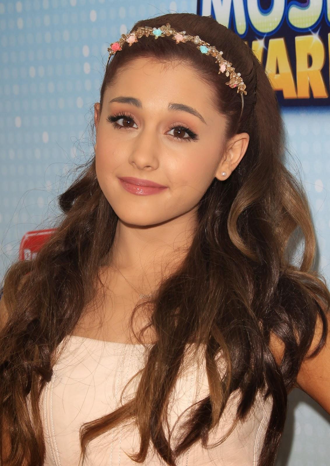 Ariana Grande Hair Style