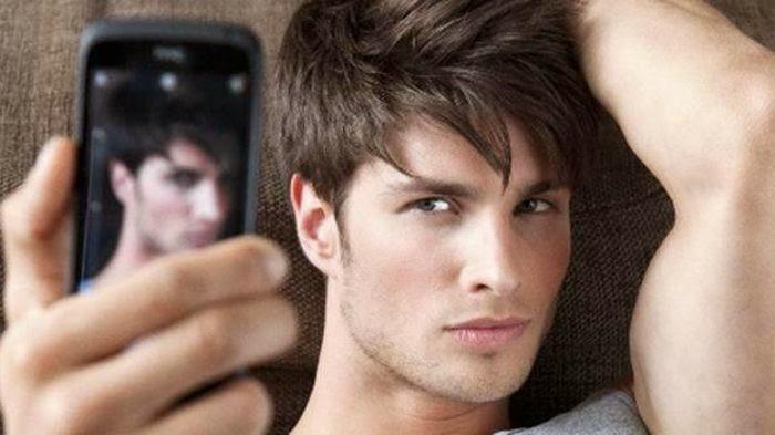 Hey..Kamu Cowok Suka Selfie --- Kamu Psikopat Ya!?