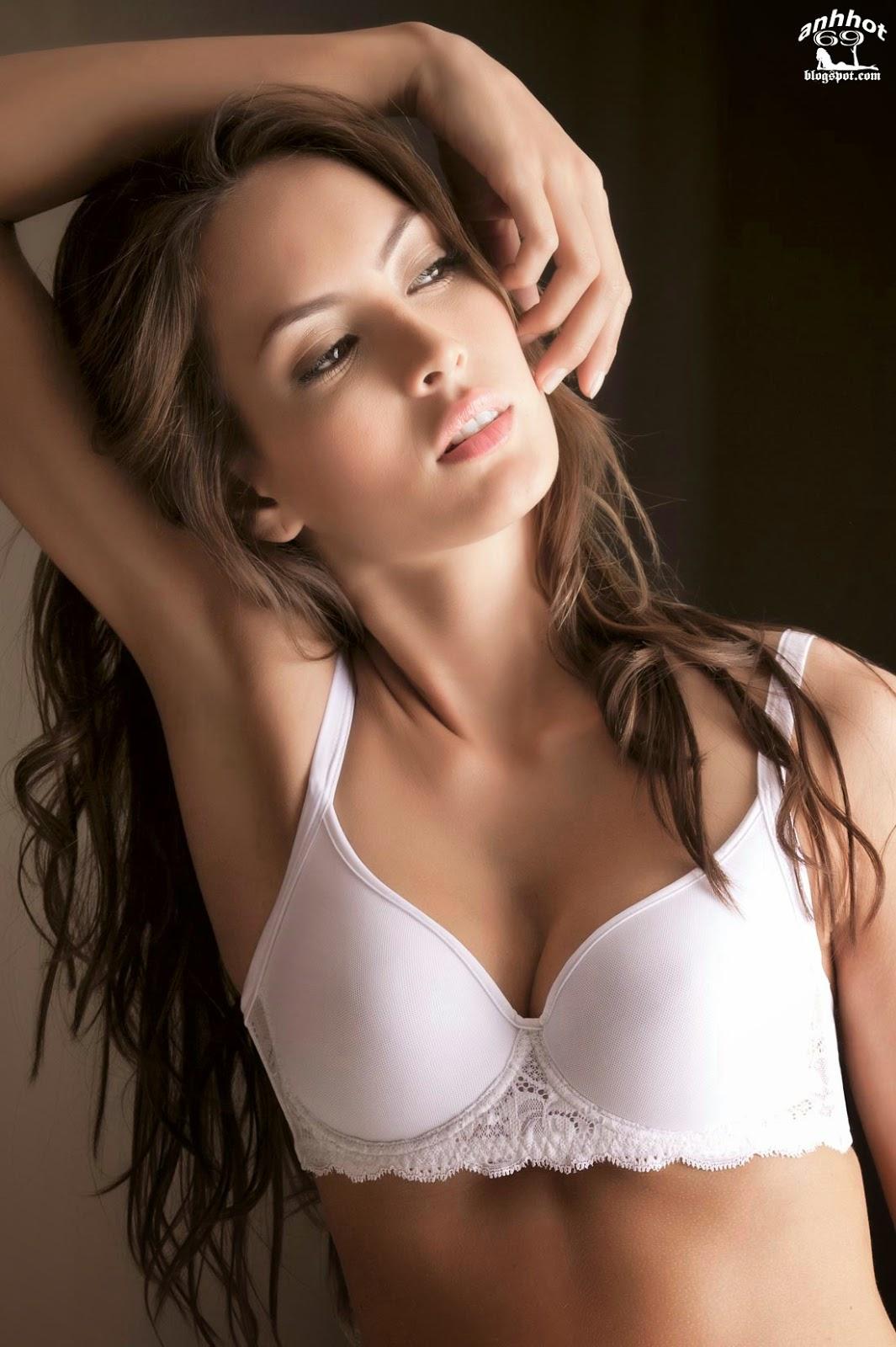 Macri_Elena_V_lez_S_nchez_lingerie_43