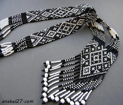 "Гердан ""Черно-белый"" - split loom necklace"